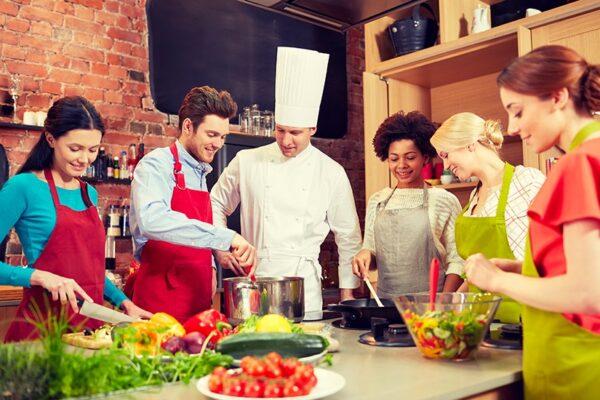 Apprendre à cuisiner : dénichez les meilleurs cours ici !
